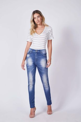 04690518_0001_1-CALCA-SKINNY-VICTORIA-DENIM-DESTROYED