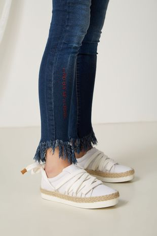04690636_1529_2-CALCA-JEANS-BORDADA