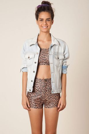 230167_1833_1-SHORT-HOT-PANTS-ONCINHA