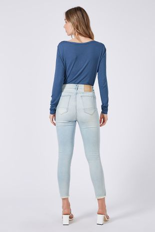 04690909_0201_2-CALCA-DENIM-SKINNY-JOLIE-LIGHT