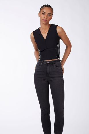 //www.offpremium.com.br/calca-basic-high-skinny-long-stoned-jeans-black-medio-04-69-1346-2290/p