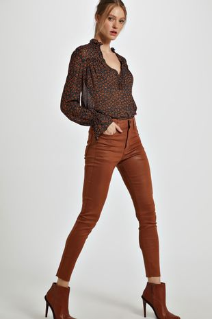 04691518_1379_1-CALCA-BASIC-SKINNY-HIGH-RESINADA-COLORS